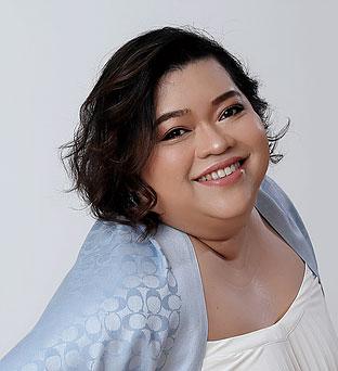 บุษกร ภู่อารีย์(ครูเอ๋ The X Factor Thailand)